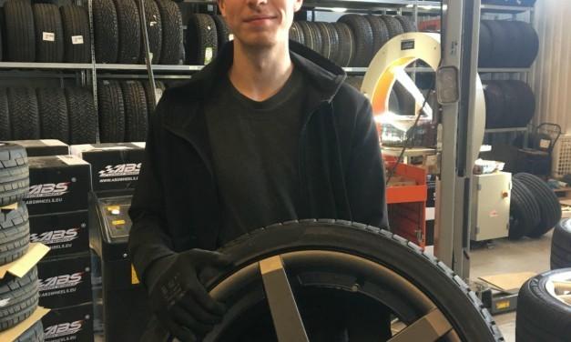 Erik berättar mer om Dunlop sport bluresponse