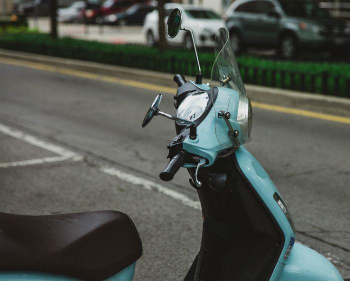 Bild på en scooter